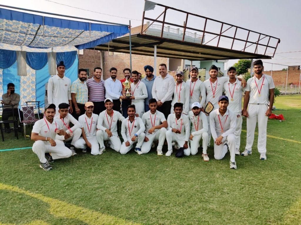 Cricket Champion Team