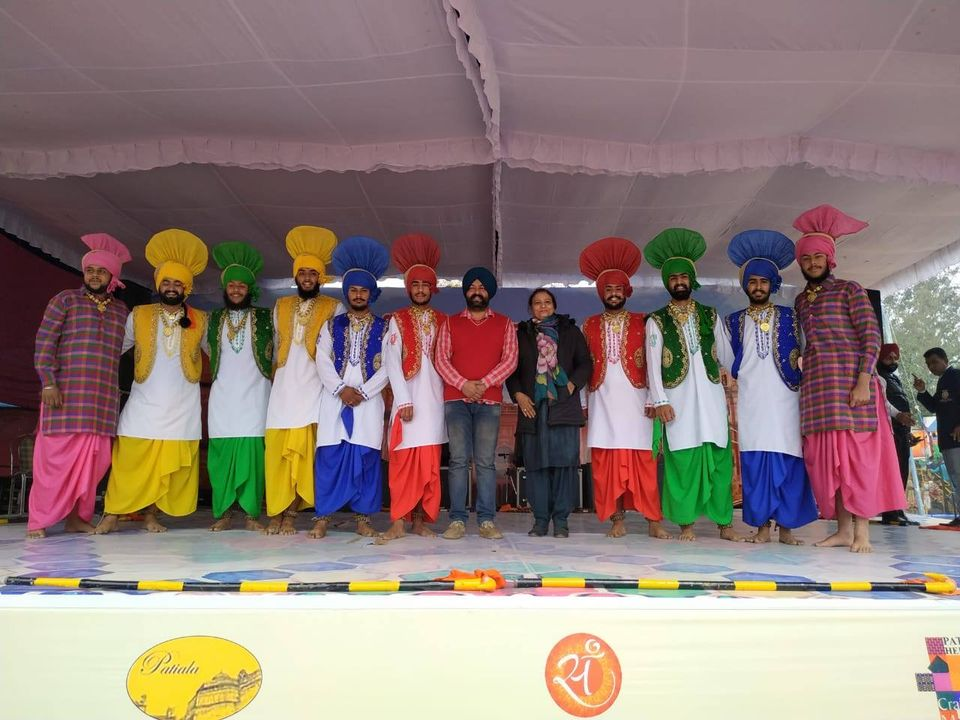 Bhangra at Craft Mela